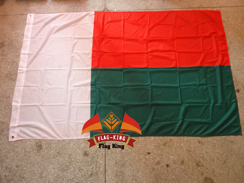Madagascar national flag,120gm2 knitted polyster  ,120*180CM,Windbreak, Anti-UV,Digital Printing,flag king