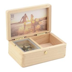 Image 2 - Sinzyo 수제 나무 사진 프레임 내 마음은 호두 뮤직 박스에 갈 것입니다 크리스마스/발렌타인 데이 선물 상자에 대한 생일 선물