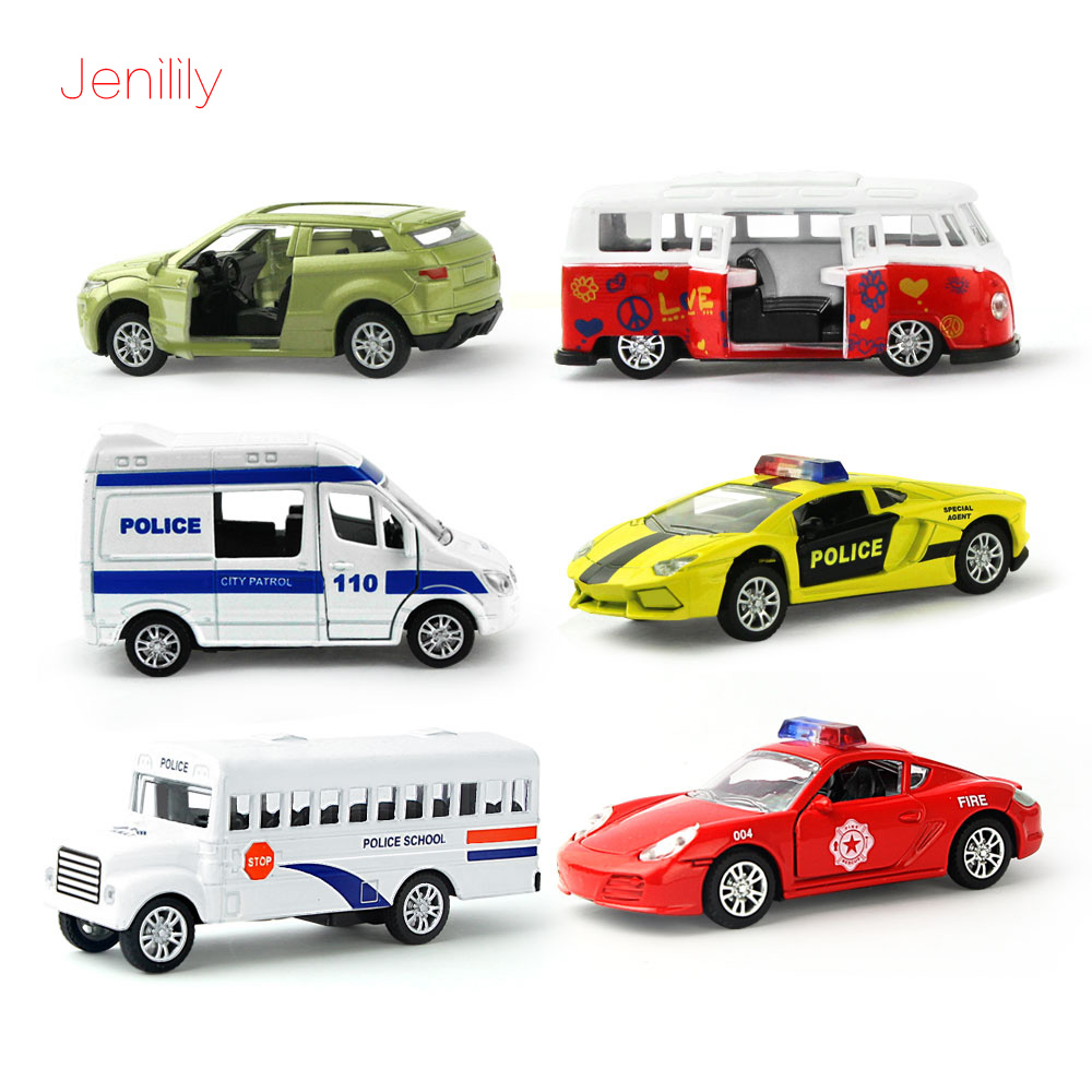 5pcs/set 1:64 Alloy Car Model Pull Back Bus Children Toy Openable Doors Diecast Cars Model Xmas Gift Educational Toys for kids