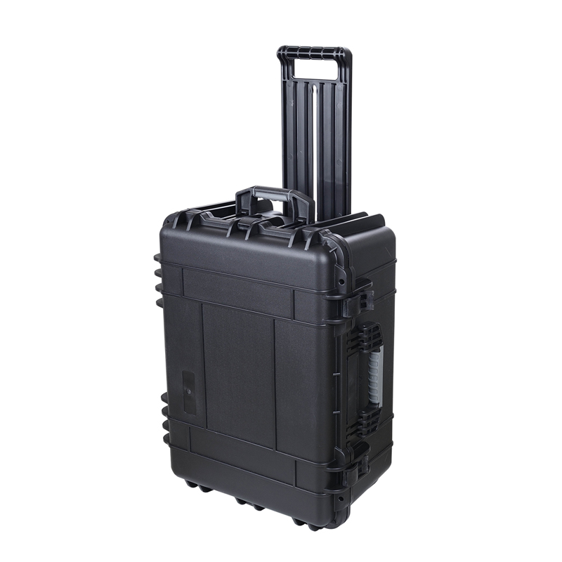 SQ1356 Internal 587x427x270mm Plastic Watertight Shockproof Decent Suitcases With Wheels