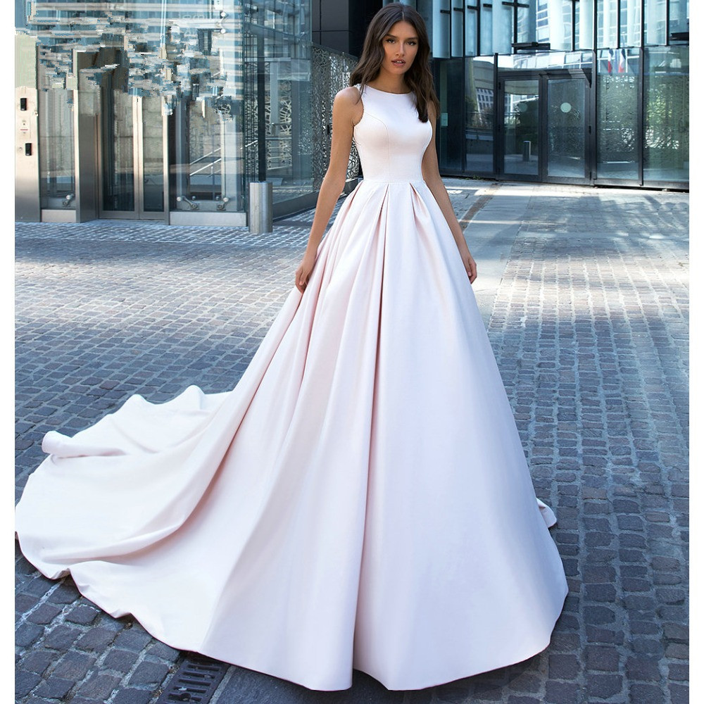 New Designer Plain Elegant Satin Wedding Dress With Nice Back Customer Order 2019