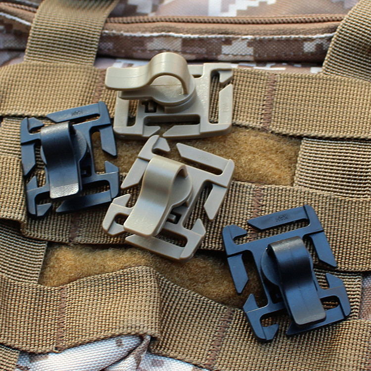 1pc Molle Tactical 360 Rotation D Ring Backpack Buckle Clip Carabiner Sternum Strap Swivel Plastic Buckle Hooks Webbing Locking in Outdoor Tools from Sports Entertainment