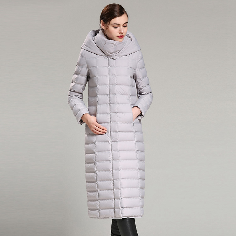 2017 European Autumn Winter Women Down Parkas Coats Hoody 80% Duck Down Fashion Outerwear Overcoat X-Length 3XL 4XL AF3126
