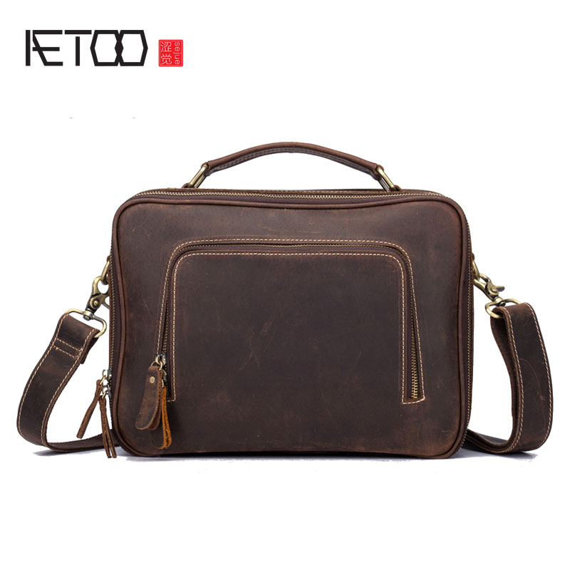 AETOO New leather men's bag first layer of retro Cracker handbag casual men's shoulder Messenger bag differential bag famous brand top leather handbag bag 2018 new big bag shoulder messenger bag the first layer of leather hand bag