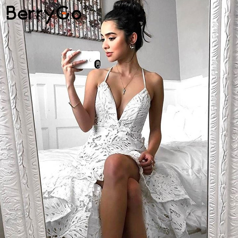 BerryGo Sexy Backless Boho Lace Dress Women Casual V Neck Elegant Long Dress Summer 2018 Party Beach White Maxi Dress Vestidos
