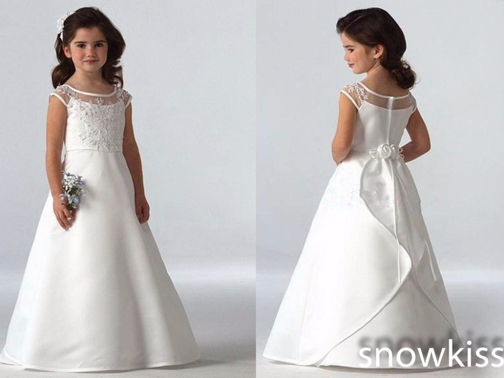 New coming 2016 sheer scoop neckline cap sleeve lace appliques satin flower girl dresses long elegant white/ivory A-line gowns custom nice sheer short lace sleeve boat neckline ball gowns long pleated appliques wedding birthday party flower girl dresses