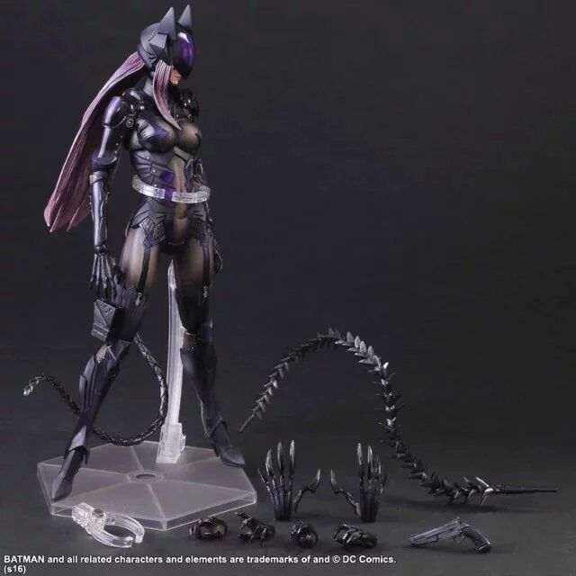 XINDUPLAN Play Arts Kai Final Fantasy DC Comic Game Catwoman Batman Movable RPG Action Figure Toys 25cm Collection Model 0278
