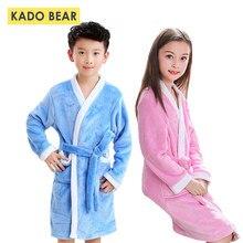 14765aa3a12bc Enfants Flanelle Peignoir Enfants Pyjamas Filles À Capuchon Serviette Robes Bébé  Garçons vêtements de Nuit Corail