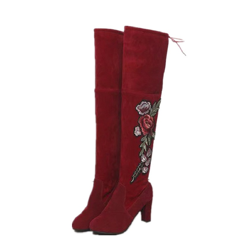 2018 autunno e inverno in pelle scamosciata Europeo e Americano di grandi dimensioni ricamato delle donne a testa tonda stivali rossi 1108