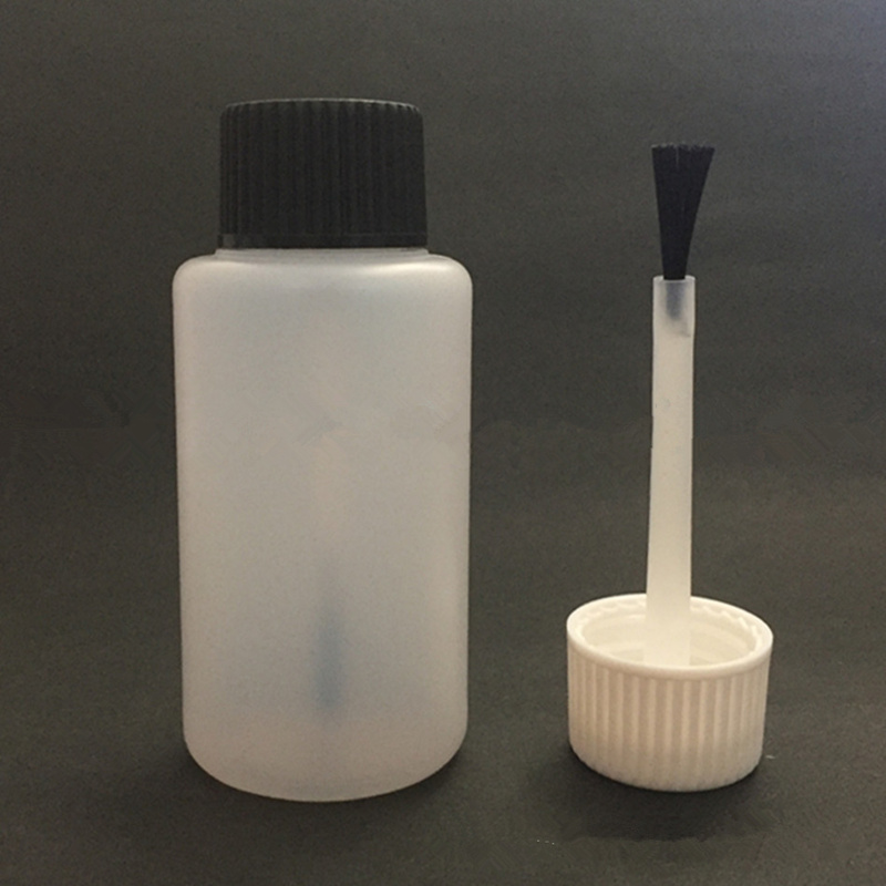 White Brush Bottle, 30ml Plastic Bottle, PET White Essetial Oil Bottle With Serum Brush F212