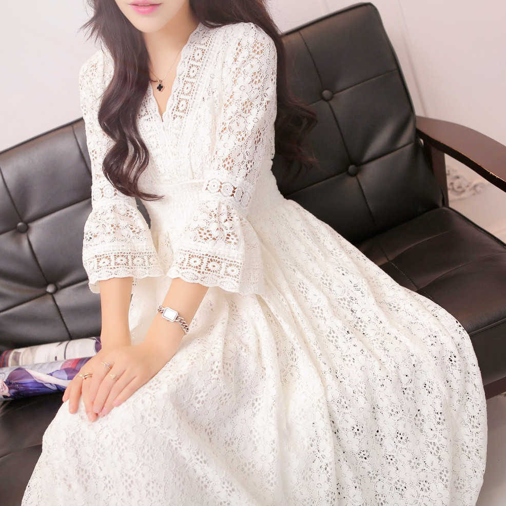 Lace Nightdress Retro White Princess Long Sleeping Dress Sexy V-Neck Laceness Top Hollow Woman Nightgowns QZ8133