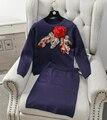 Novas Mulheres Inverno Saia Define 3D Lantejoulas Rosa Camisola Tops Conjuntos de Saias de malha Elegante Fêmea Roupas de Marca Conjunto de Duas Peças treino
