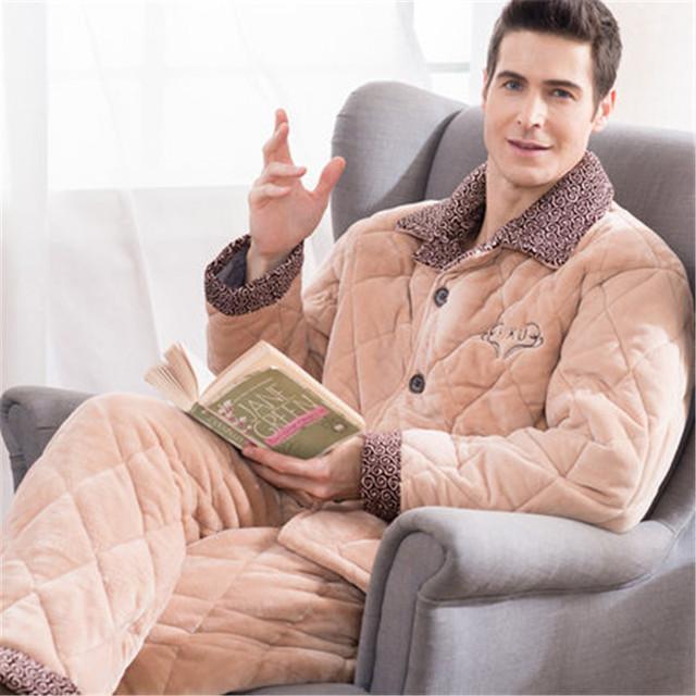 Masculino espessamento dos homens conjuntos de pijama de flanela outono inverno longo-luva três camada de velo coral sleepwear turn-down collar camisola