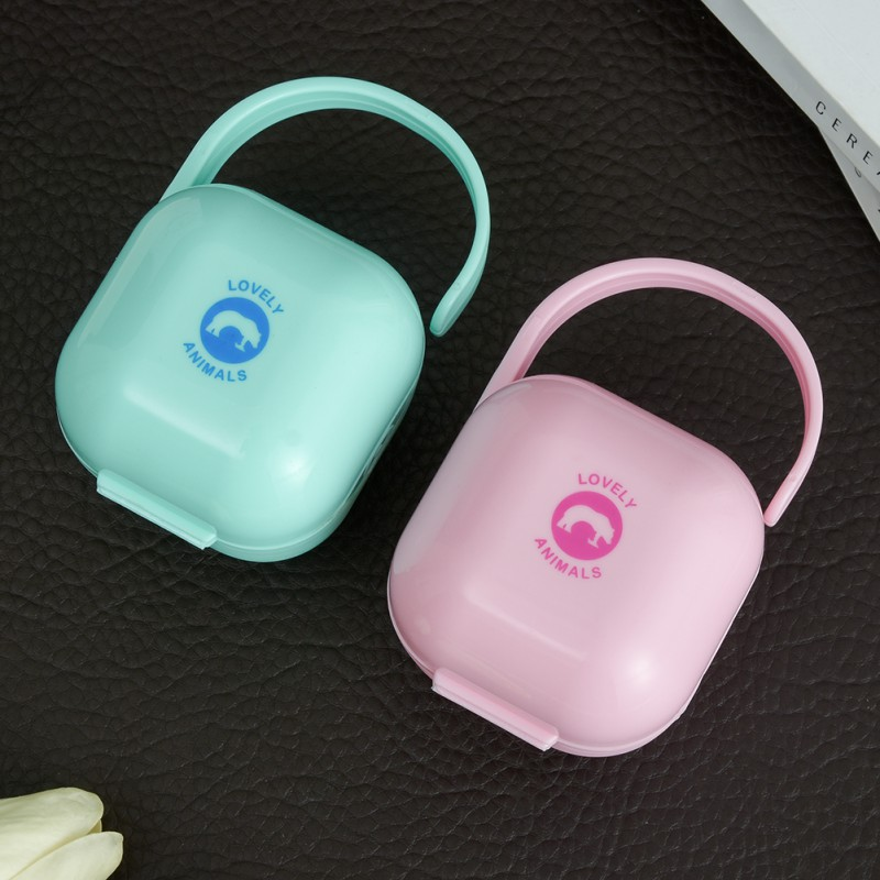 Portable Baby 0-3 Years Pacifier Box Baby Pacifier Storage Box NipplLe Anti-Dust Box TraveL Storage NippLe Case L