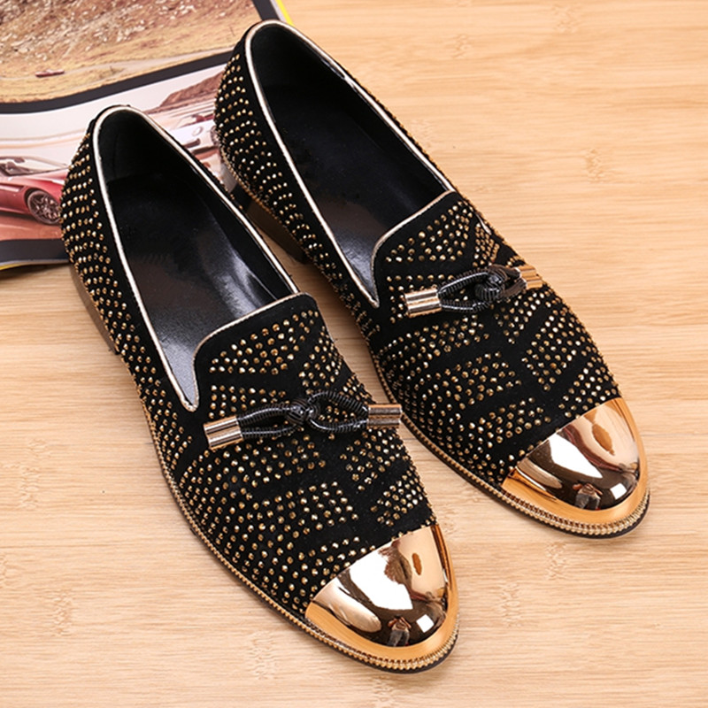 Gold Cap-Toe Black Suede Leather Crystal Embellished Mens Shoes Slip-On Flat Loafers Men Dress Wedding Shoes Sapato Masculino choudory mens pointed toe dress shoes slip on luxury shiny spike loafers men silver flat wedding shoes