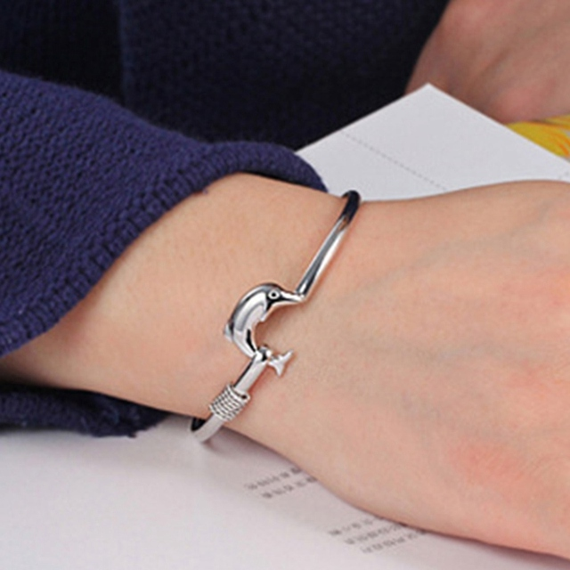 1Pcs Exquisite Women Jewelry Solid Silver Color Dolphin Bangle Bracelet Women Birthday Gift