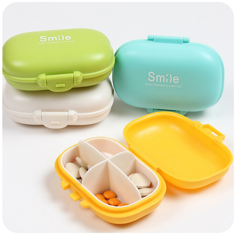 Mini Medical Kit Storage Boxes Plastic Portable Four Grids Storage Box  Buckle Design Storage Box Random
