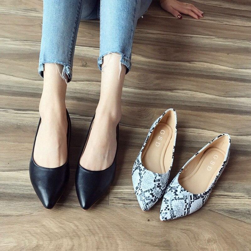 5ba1e094 € 15.36 32% de DESCUENTO|Novedad PRIMAVERA/otoño mocasines de Mujer Zapatos  de tacón plano estampado serpiente Slip On punta puntiaguda Zapatos ...