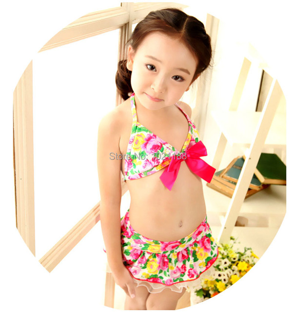 71d77dfb5d Korean Hot sales 2015 Summer Baby Beachwear Fashion Sexy Children s Two  pieces Swimsuit Lace Flower 2 sets Bathing Swimwear