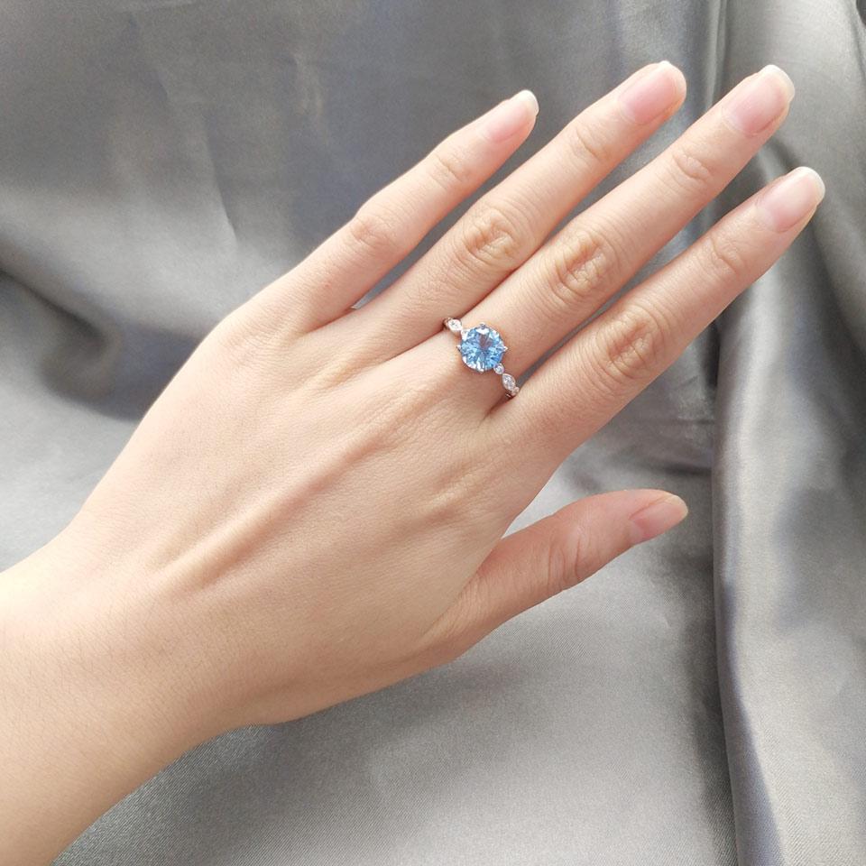 UMCHO Sky Blue Topaz Silver Ring Female Solid 925 Sterling Silver Rings For Women Wedding Band Birthstone Aquamarine Gemstone