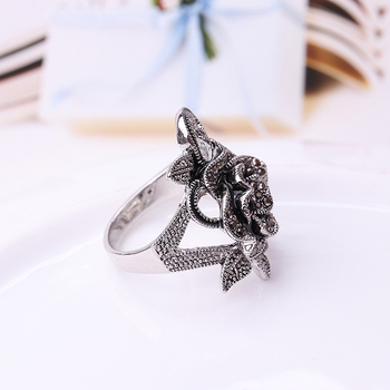 Beautiful Black Rose Sliver Ring For Women Best For Party And Wedding 5