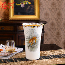 Luxury Animal Jungl Vase Home Decor Handmade Ceramic Big Flower Retaurant Hotel Bar Accessories Housewarming Gift Porcelain