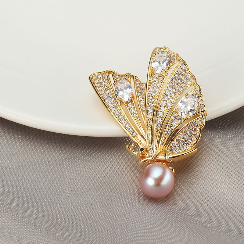 Luxury Stone Butterfly Brooches Women Natural Pearl Brooch Lapel Pins for Female Wedding Brooch Crystal Jewelry Accessories luxury star crystal rhinestone lapel pins and brooches for women large mother of pearl suit broches bridal wedding jewelry x012