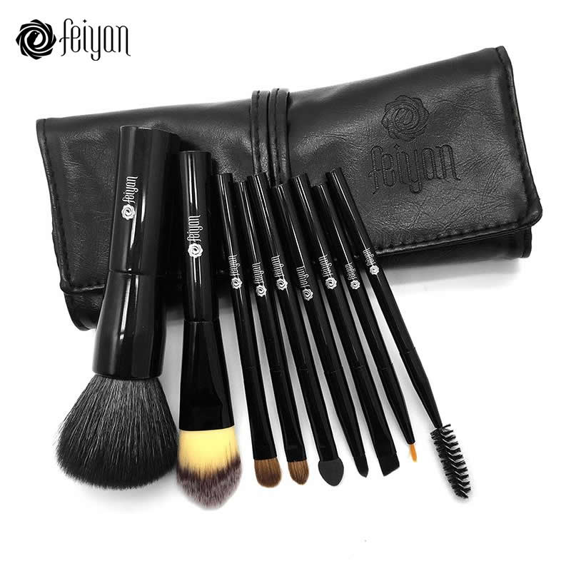 9PCS Makeup Brushes...