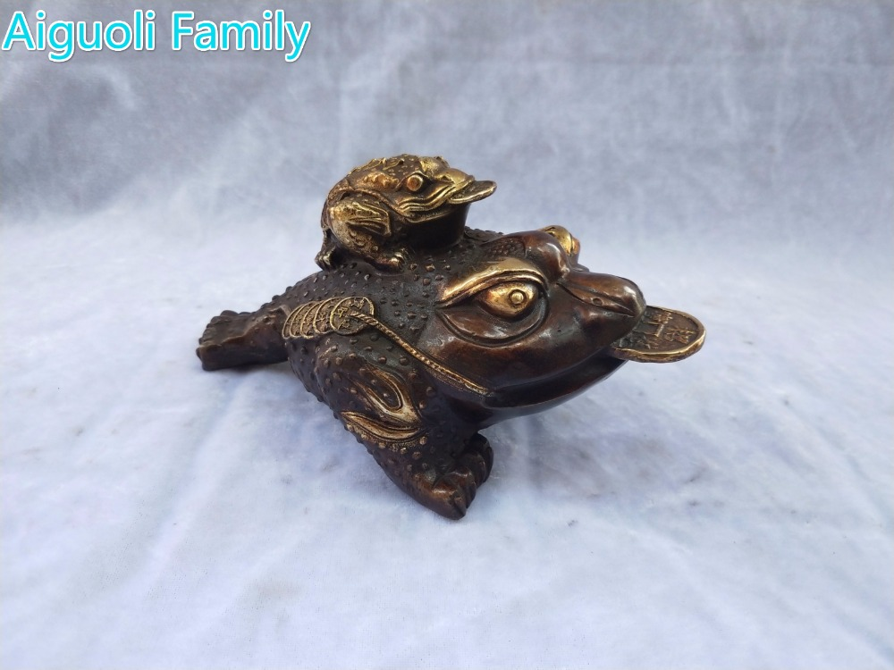 Home Decoration Fengshui Metal Crafts Animal Sculpture/Art Collection Chinese Old Bronze Gilt 2 Coin Toad Statue
