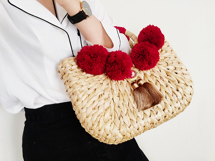 Caker 2018 Women Straw Handbag Contrast Color Tassel Large Big Shoulder Bag Embroidery Letter Beach Holiday Travel Shoulder Bags in Top Handle Bags from Luggage Bags