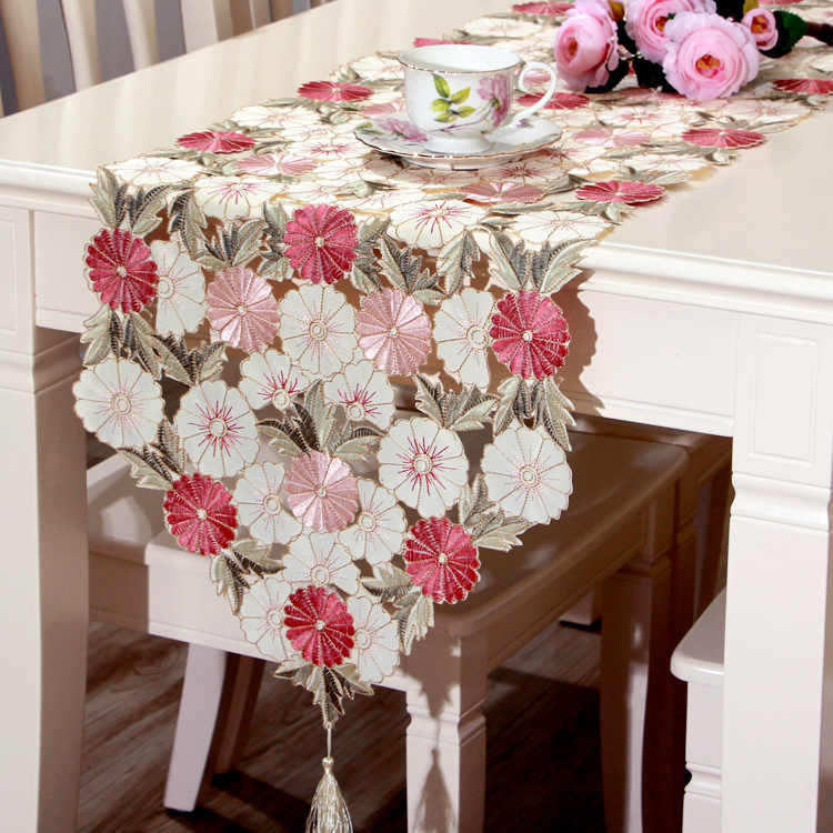40*210 CM Luxurious Elegant Embroidered Table Runner Pastoral Style Waterproof Oil Tricolor Embroidered Tablecloths