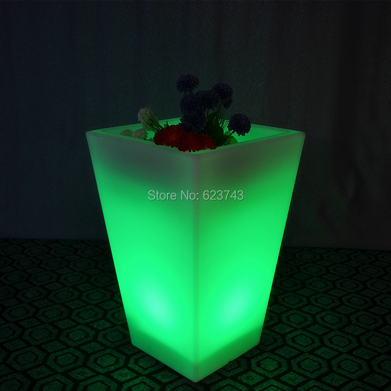 Plastic Rechargeable Luminous Multipurpose Y-POT SQUARE LED Flower Pot And Cube Led Ice Bucket For Bar Home Party Decoration