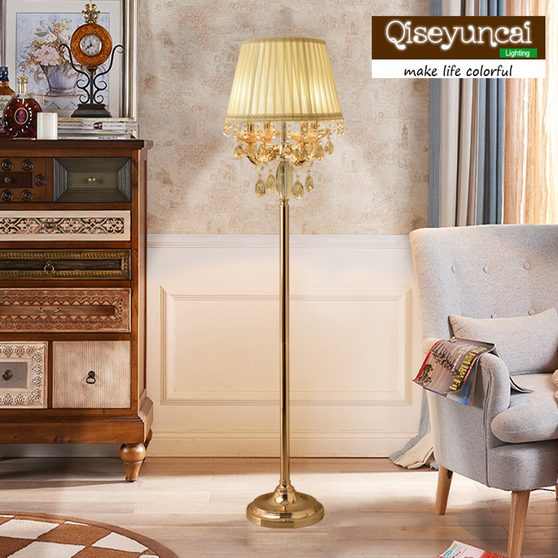Qiseyuncai European style living room floor lamp luxury modern minimalist court high end villa large bedroom crystal floor lamp