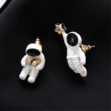 Astronauts stud earrings Gold stars earrings fashion ladies earrings space astronauts small stud earrings fashion woman jewelry