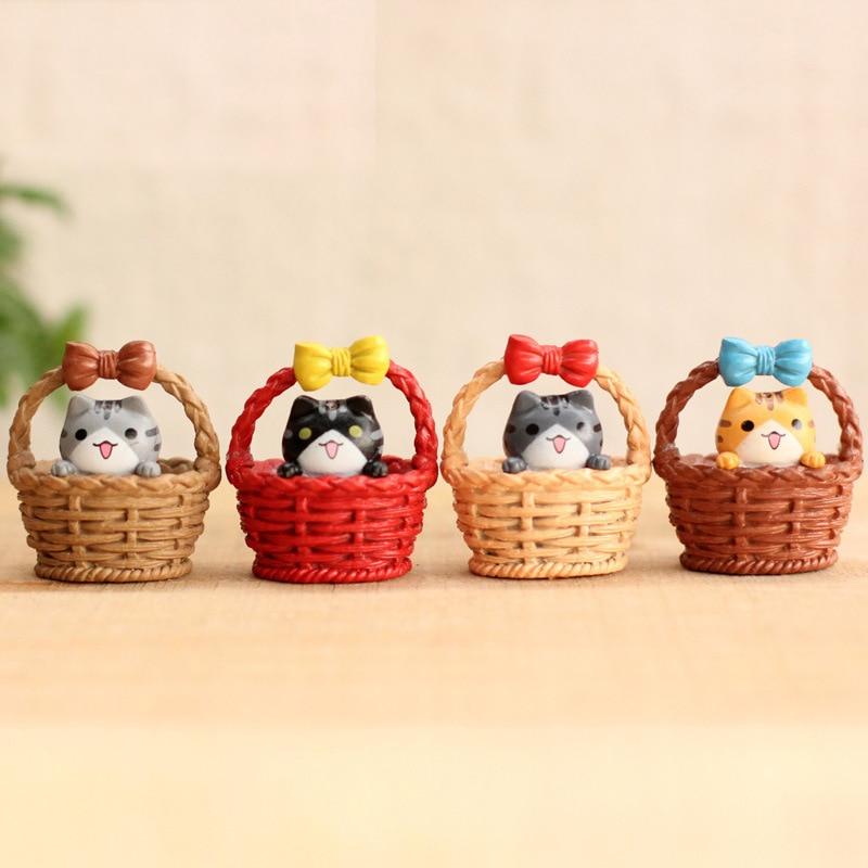 2Pcs Cute Resin Crafts Decorations Miniature Cradle Cat Fairy Gnome Terrarium Christmas Xmas Party Garden Gift Random