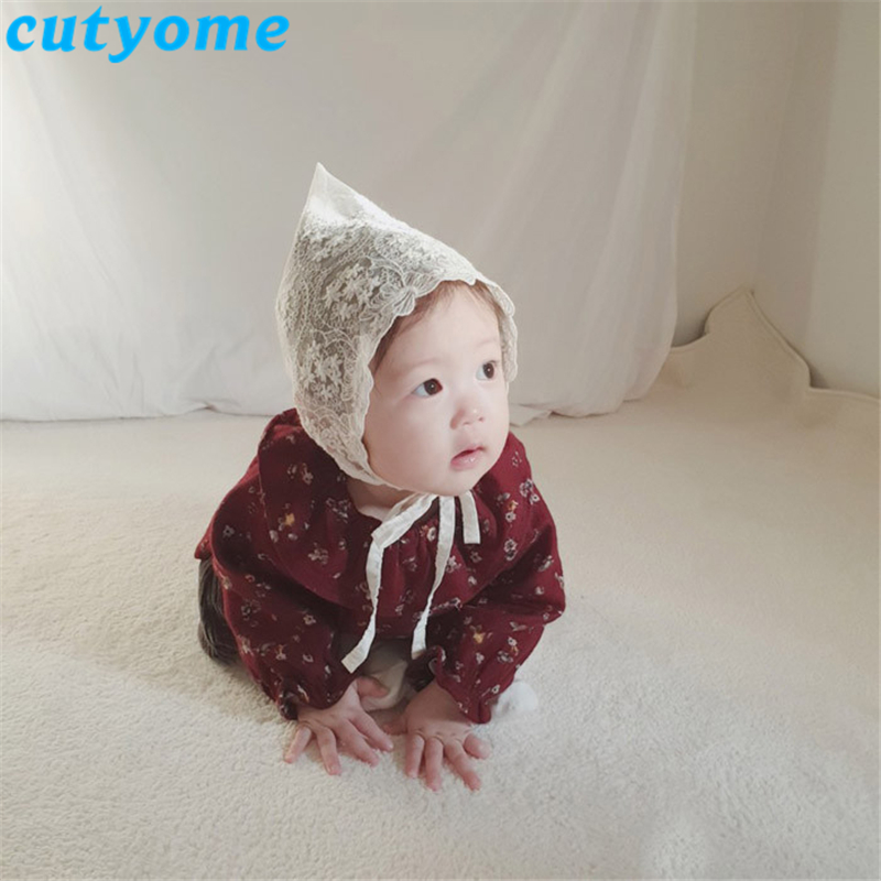 Baby Girls Lace Cap 2019 Autumn New Korean Newborn Baby Photography Props Flower Bonnet Hat Kid Princess White Cotton Caps 0 18M in Hats Caps from Mother Kids