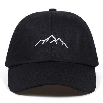 2018 Nueva Montaña de bordado para hombre mujer gorras de béisbol ajustable  Snapback gorras de moda papá sombreros hueso Garros bd9a59e2fb6