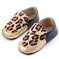 Zapatos del Bebé de Moda Infantil Bebé Mocasines Zapatos Del Pesebre Del Niño Niña Niño Leopardo Prewalker Caliente