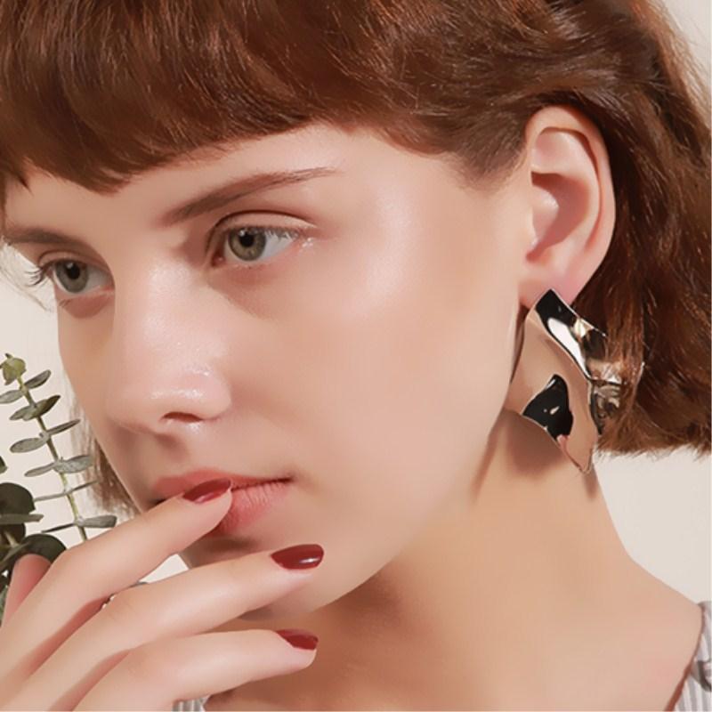 EK2126 Exaggerated Brand Gold Color Irregular Square Shiny Metal Big Drop Earrings Women Rhombus Punk Earrings Party Jewelry 8