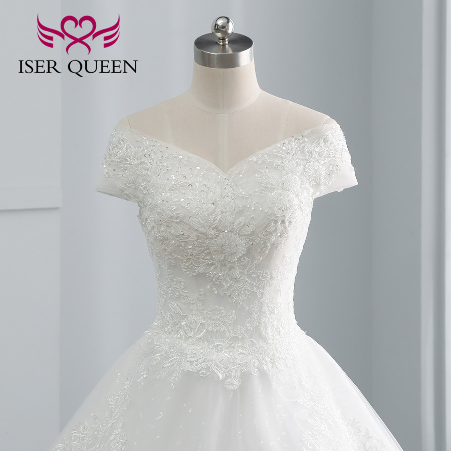 Pretty Pearls Beading Flower Lace Wedding Dress Ball Gown Ivory Color Embroidery Europe Style Quality Wedding Dresses WX0107