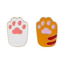 Dog Claw Series Brooch Animal Pet Dogs Paw Print Enamel Pin Brooches For Women Denim Hat Badge Pins Jewelry Kids Friend Gift