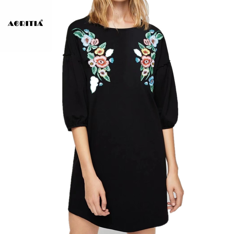 2017 Sweater Knitted Dress Women Casual Cotton Dresses Autumn Printed Knitting O Neck Loose Dresses