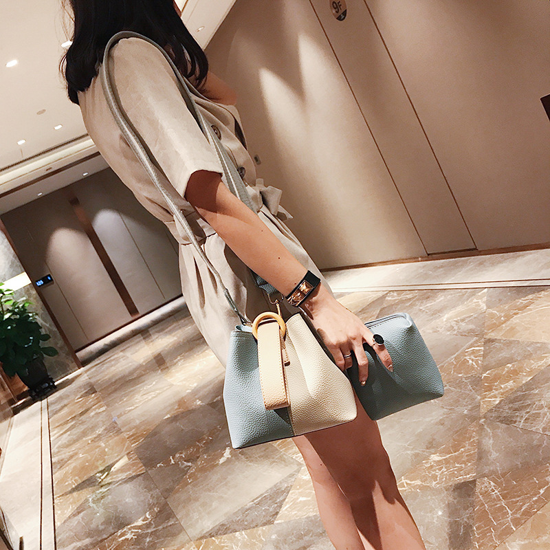 HISUELY Hot Sale New Women PU Leather Handbags Tassel Fashion Designer Black Bucket Vintage Shoulder Bags Women Messenger Bag 3