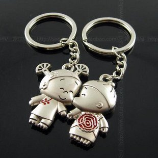 Free Shipping wiht EMS wholesale keychain/couple keychain/20couple/lot/110747 lovers stereo small break hai festive keychains