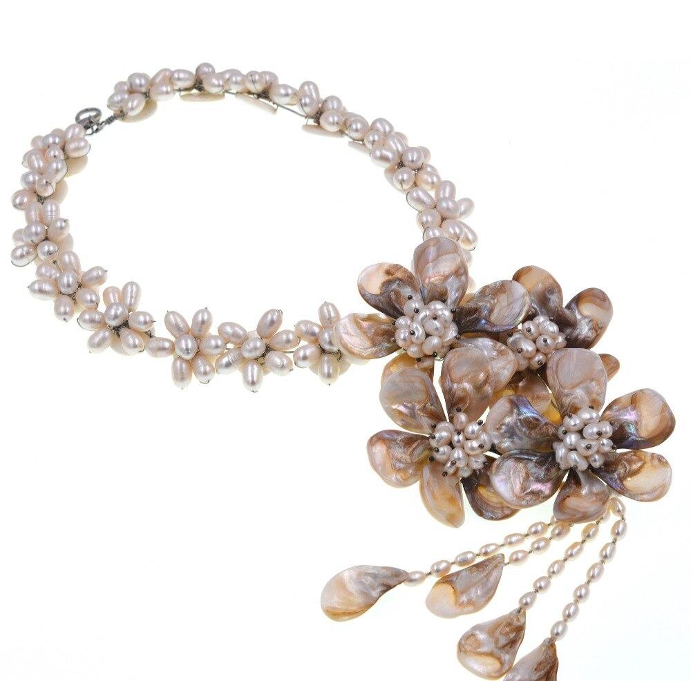 Collier de fleurs en coquillage baroque blanc perle deau douce 19 pouces nature FPPJCollier de fleurs en coquillage baroque blanc perle deau douce 19 pouces nature FPPJ