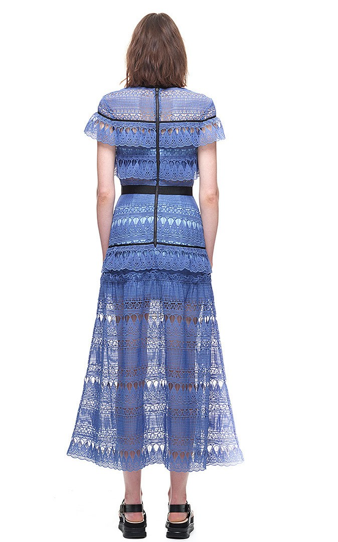Style Portrait Guipure Scava Di Lunghi Self 2017 Vestito Fuori Vestidos Louisa rosso Del Crochet Partito Cape Abiti Blu Pista Donne Pizzo A line tdsrChQ