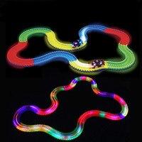 360ピースマジック光るレース車ツイスタートラックdiy led点滅ライト追跡レール暗闇で光る柔軟な鉄道