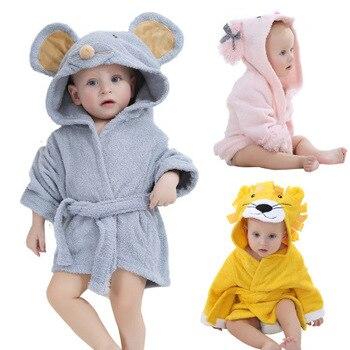 ec22bf23b6 Batas bebé recién nacido Cartoon animal baño batas con capucha lindo León  ratón del durmiente pijama bebe recien nacido pijamas infantil 0 -12