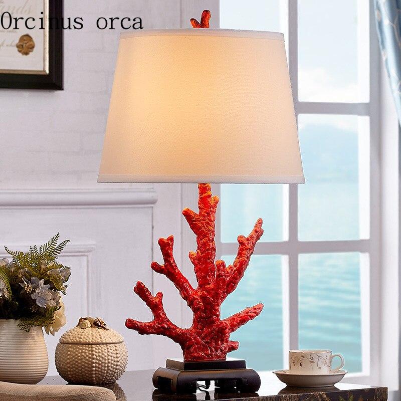 Европейский современный простой Коралл настольная лампа спальня ночники свадебный подарок творчески смолы настольная лампа бесплатная до...