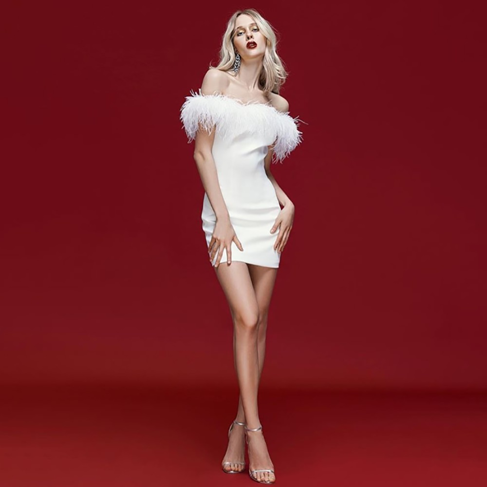 Biały czarny Slash Neck bandaż sukienka najwyższej jakości Rayon Sexy kobiety pióra futro Patch sukienka na imprezę w Suknie od Odzież damska na AliExpress - 11.11_Double 11Singles' Day 1